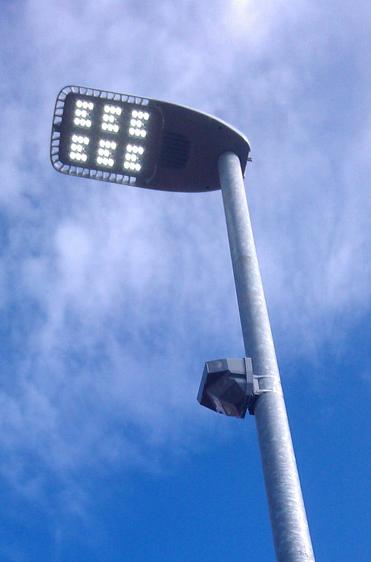 tvilight-smart-streetlight-shah-designboom-01